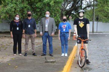 Detran-PB instala protótipos de ciclistas na pista de provas para avaliação de candidatos