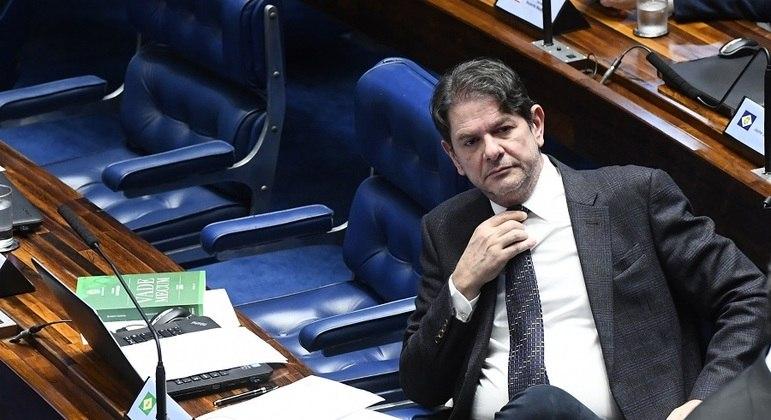 cid gomes 03092019212041587 - COFRES PÚBLICOS: Cid Gomes freta avião por R$ 54 mil e pede reembolso do Senado
