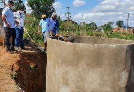 Atendendo pedido do deputado, Bosco Carneiro, governo do estado inicia obras de construção de 94 cisternas em Alagoa Grande