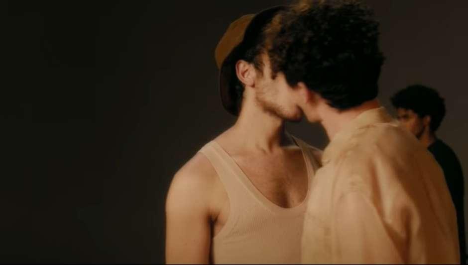 clipe - Primeiro clipe de Juliette tem beijo gay e clima intimista - VEJA VÍDEO