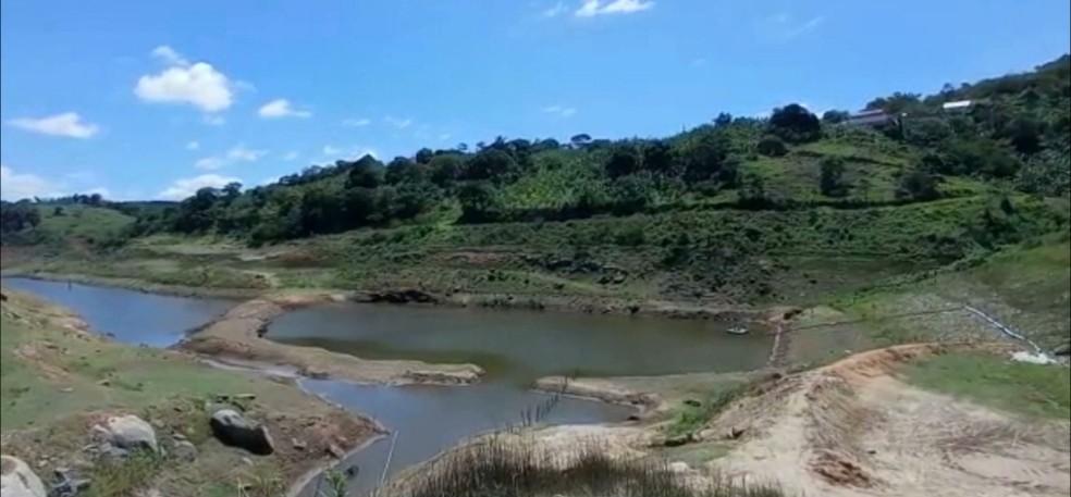 crise hidrica3 - CRISE HÍDRICA: maioria dos políticos do Brejo não se importam com a população sem água - Por Rubens Nóbrega