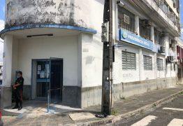 EM FLAGRANTE: Casal é preso após invadir agência do INSS em João Pessoa