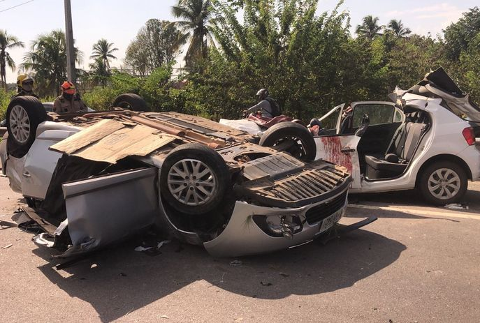 csm acidente br 230 paraiba jp foto flavio fernandes 66f31cd623 - Homem morre e sete pessoas ficam feridas em acidente na BR-230