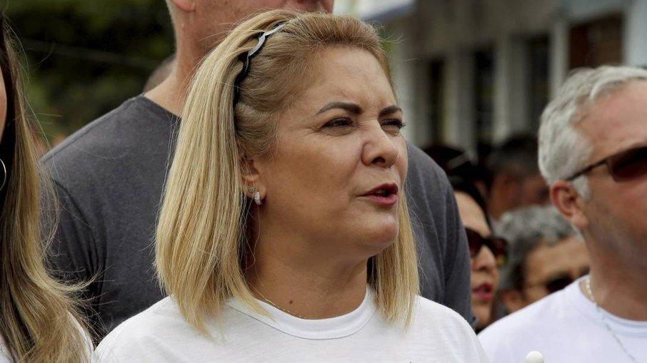 ei0r1w7bzo4mn1nfhfcrm5xje - 1.185 RETIRADAS: Ex-mulher de Bolsonaro fez saques que somam R$ 1,1 milhão em espécie