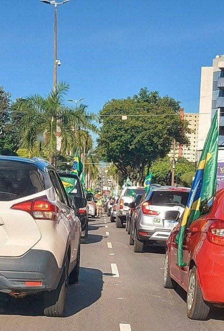 epitacio pessoa 1 e1631044341766 - Manifestantes favoráveis a Bolsonaro se concentram no Busto de Tamandaré, em João Pessoa - VEJA IMAGENS E VÍDEOS
