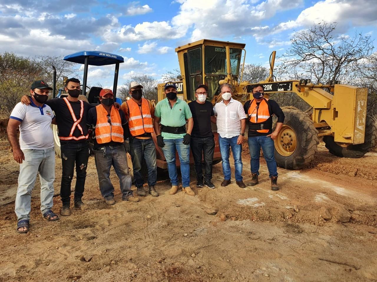 estradas 9 - Prefeitura de Patos conclui serviços de recuperação de estradas vicinais na zona rural