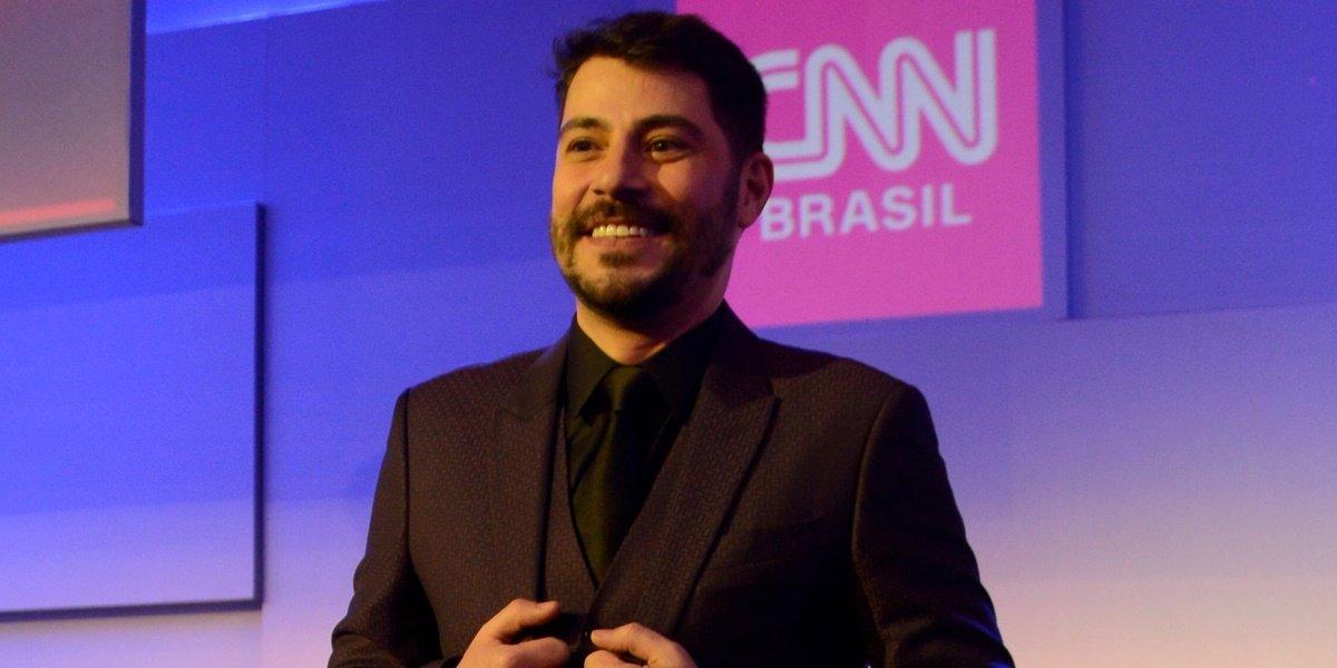 evaristo costa - 'Me chutaram pela porta dos fundos', desabafa Evaristo Costa em entrevista sobre demissão da CNN