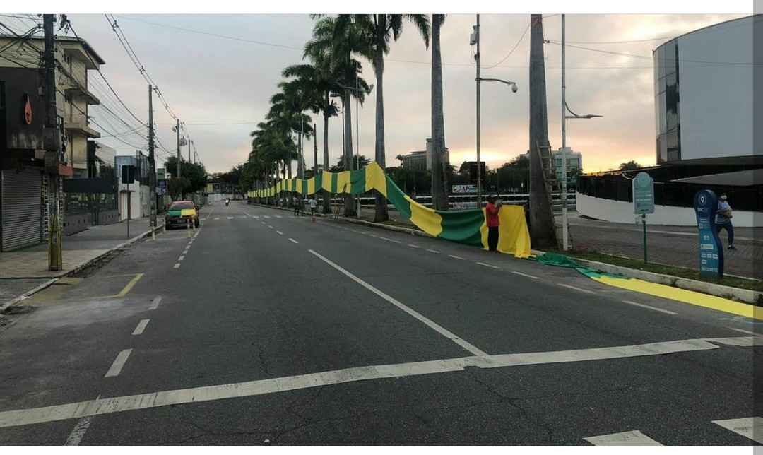 fotos cg4 - Campina Grande já registra primeiras manifestações favoráveis e contrárias a Bolsonaro - VEJA IMAGENS