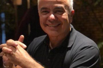 """gerardo rabello 360x240 - Gerardo Rabello testa positivo para Covid-19 e tranquiliza seguidores: """"Estamos vencendo"""""""