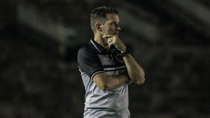 gerson gusmao1 e1628533245790 678x381 1 - Gerson Gusmão lamenta baixa de Esquerdinha e trabalha por melhora do ataque no Botafogo-PB