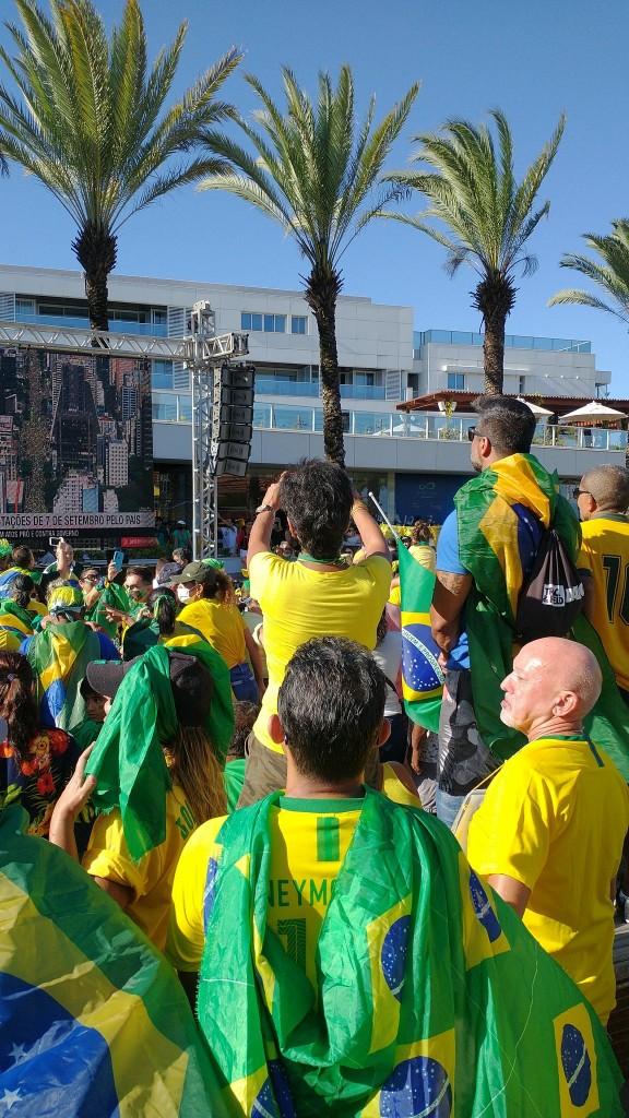 joao pessoa 4 - Manifestantes favoráveis a Bolsonaro se concentram no Busto de Tamandaré, em João Pessoa - VEJA IMAGENS E VÍDEOS