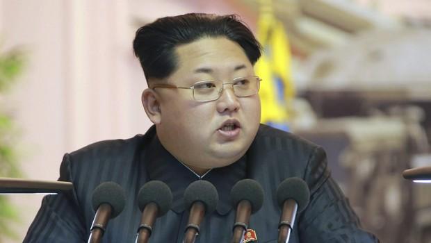 kim jon un lidero norte coreano - Coreia do Norte rejeita 3 milhões de vacinas anti-covid