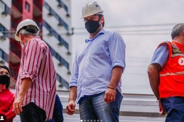 """leo bezerra 1 604x375 1 360x240 - Vice-prefeito Leo Bezerra inspeciona obras da Pedro II e garante celeridade: """"Daqui a poucos dias faremos a entrega da área à população"""""""