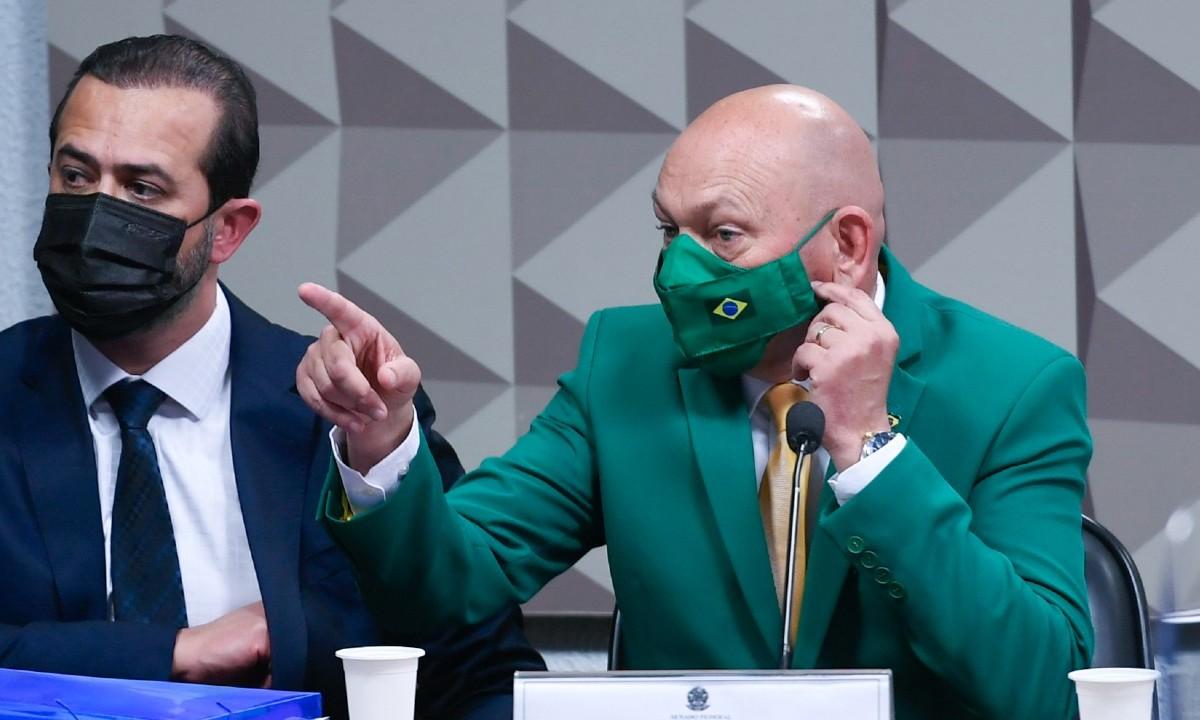 lucianohang - CPI DA COVID: Hang dribla perguntas sobre Prevent e Bolsonaro e irrita senadores