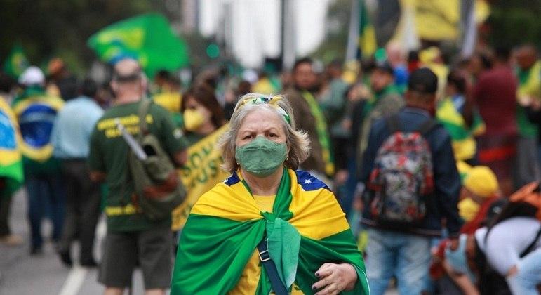 manifestantes paulista 07092021100212910 - DIA DA PÁTRIA: Manifestantes se reúnem para ato na avenida Paulista