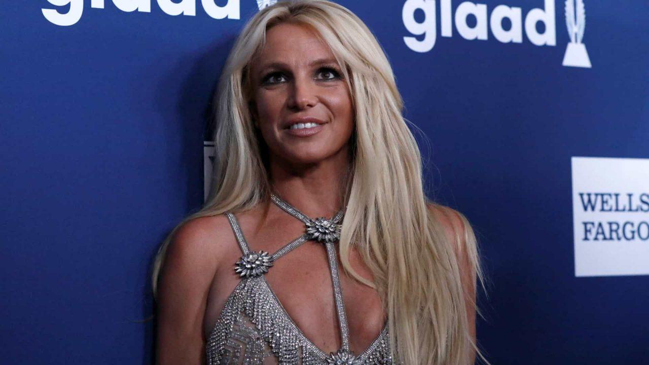 naom 5c2fde3e35c80 scaled - Pai de Britney Spears pede o fim da tutela da cantora após 13 anos