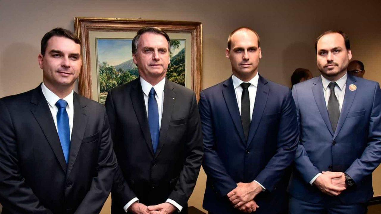 naom 5cc6e0579878c scaled - CPI expõe elo de lobistas e filhos de Bolsonaro