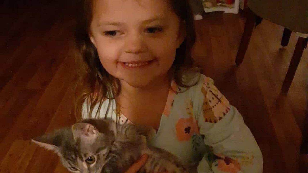naom 6140496441b7f scaled - Menina morre de Covid após ser infectada pela mãe que era anti-vacinas