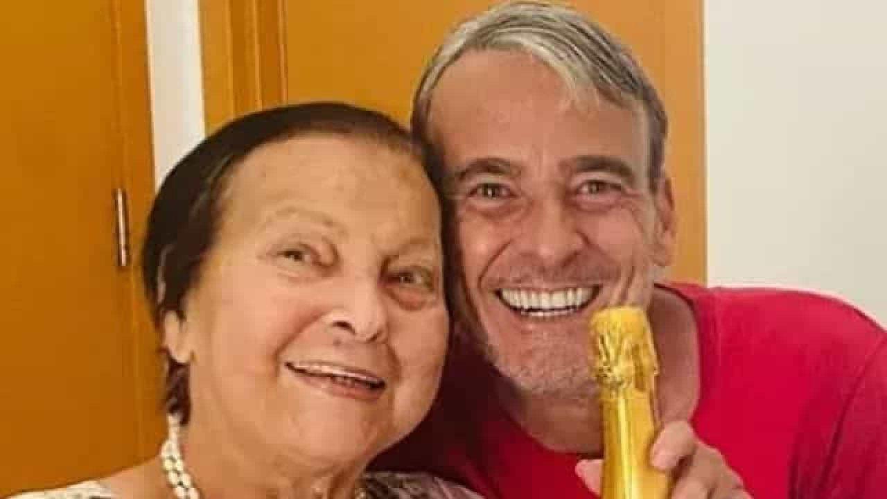 naom 6143bda85c0bd scaled - Rosa Linda, mãe do ator Alexandre Borges morre aos 83 anos