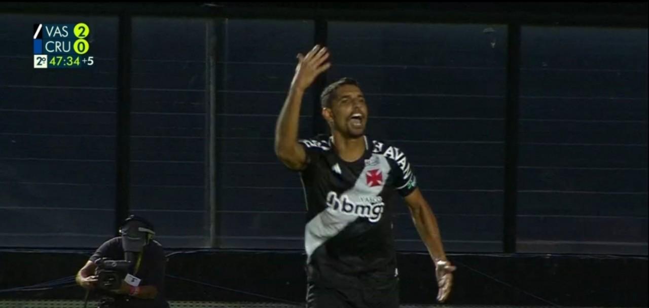 placar errado vasco 2 a 0 - Globo comete erro grave durante transmissão e exibe placar errado em partida entre Vasco e Cruzeiro - VEJA