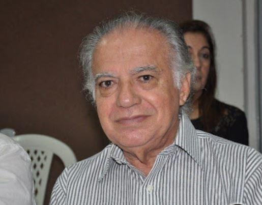 prof - Professor e historiador, José Antônio de Albuquerque é transferido para hospital de Recife após sentir fortes dores