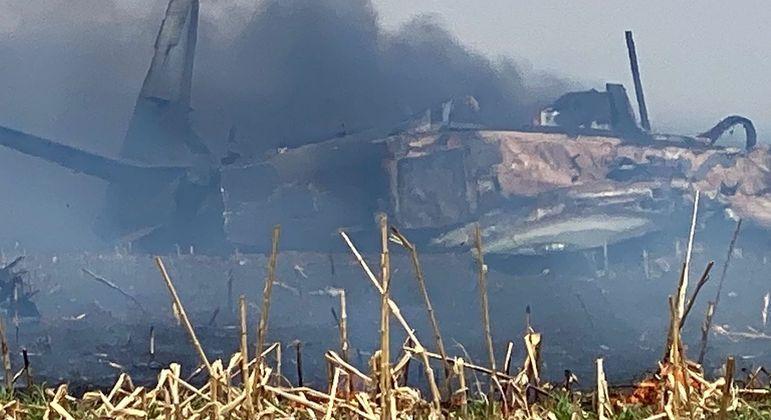 queda de aviao da fab em campo grande 13092021144406146 - Avião da FAB cai em Campo Grande e piloto ejeta antes de explosão