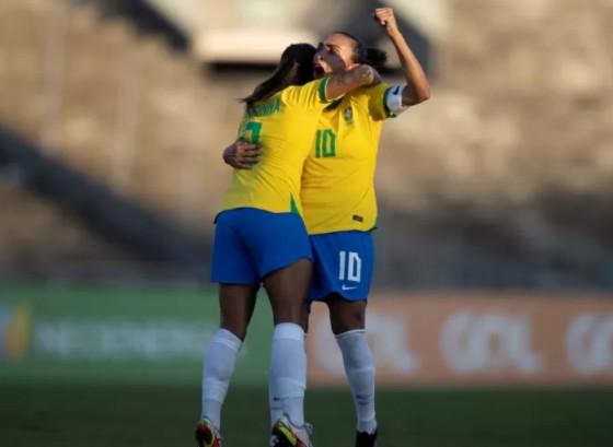 selecao feminina marta - GOLEADA! Seleção Feminina vence Argentina por 4 a 1, em jogo no Almeidão