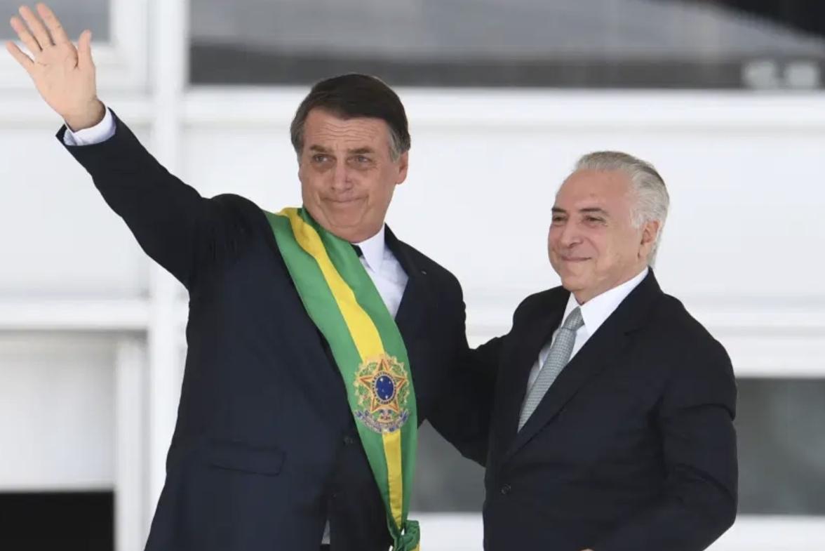 temer e bolsonaro - Michel Temer telefona a Bolsonaro para explicar satirização do presidente durante jantar