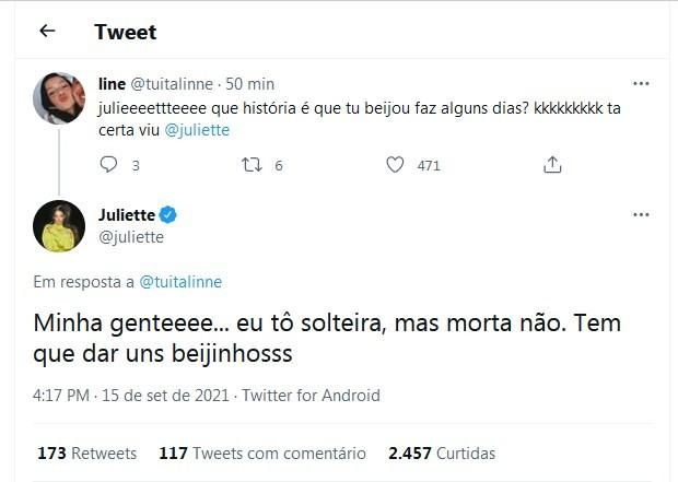 "tweet de juliette - Juliette sobre ter ""dado uns beijinhos"": ""Tô solteira, mas morta não"""