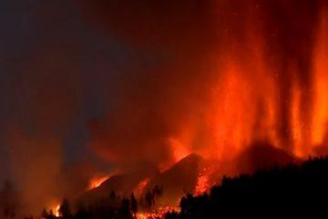 vulcao ao vivo 360x240 - ACOMPANHE AO VIVO: Jornal espanhol transmite erupção do vulcão nas Ilhas Canárias