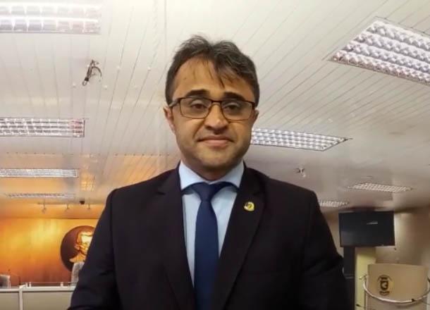waldeny santana2309 - Vereador Waldeny Santana comemora isenção de taxas nas arcas de Campina Grande - VEJA VÍDEO