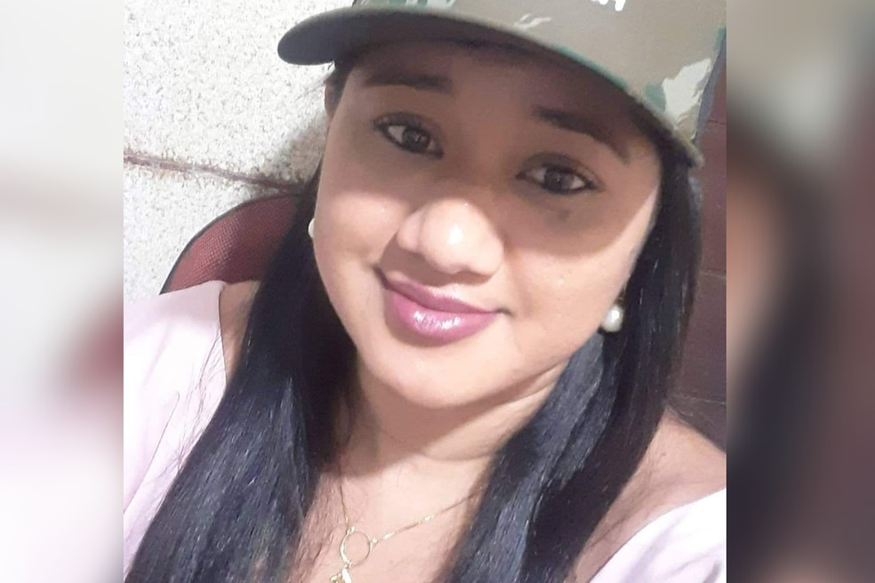 whatsapp image 2021 09 03 at 21.17.22 - Mulher morta pelo pai no velório do avô foi atingida por tiros ao tentar defender companheiro, diz polícia