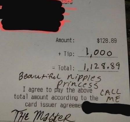 xblog waitress.jpg.pagespeed.ic .hK 6QZTsBh - Garçonete fica horrorizada após receber gorjeta de R$ 5.200 por ter 'mamilos bonitos'