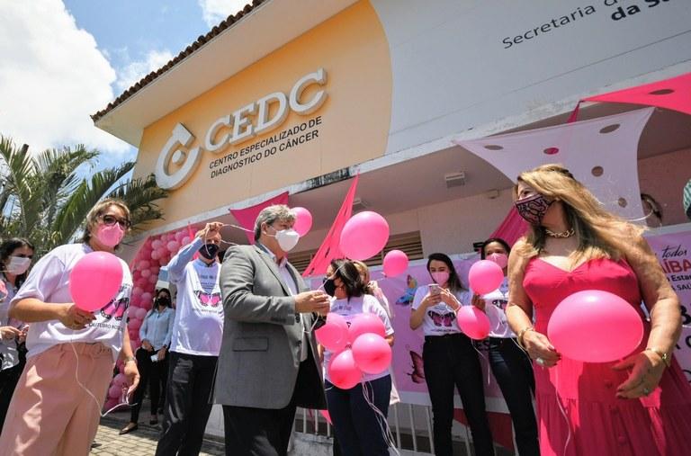 0e939022 47d0 4dcb bb64 b6e3cf23189b - João Azevêdo abre campanha Outubro Rosa e destaca ampliação de exames de mamografia para assegurar diagnóstico precoce