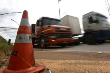 1540817404916 360x240 - Sem sinalização do Planalto, caminhoneiros reafirmam greve no dia 1° de novembro