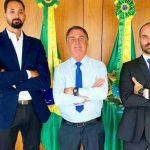 """61799272a047f 150x150 - EM TOM DE DEBOCHE?! Aos risos, Bolsonaro sai em defesa de Maurício Souza após post polêmico: """"Tudo é homofobia"""""""