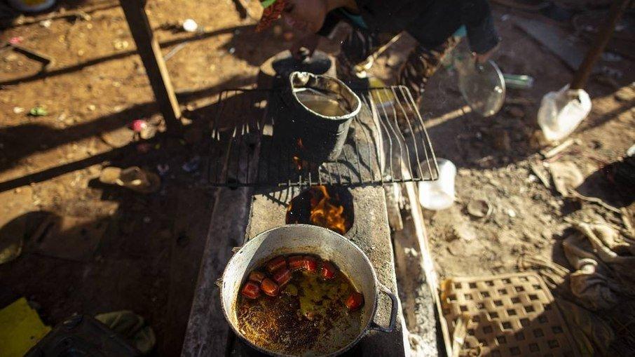70vubpgakemkljvr5pibl4rfz - RETRATO DA FOME: Mais de 24,5 milhões de brasileiros não sabem se vão comer no dia