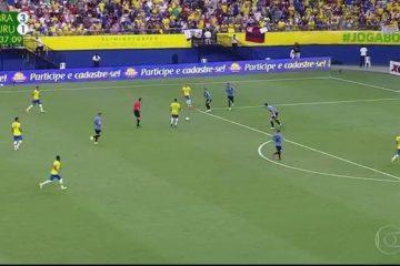 AGRESSIVA E VERTICAL: Seleção brasileira sufoca Uruguai com futebol de alto nível em Manaus