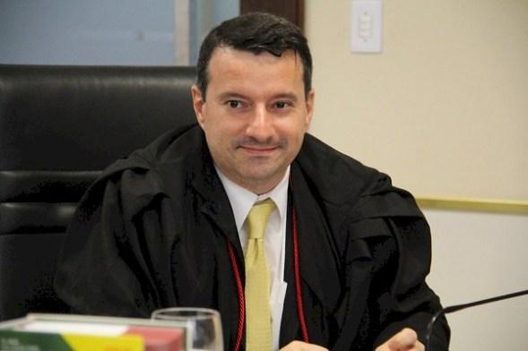 Antonio Hortencio Rocha Neto - MPs realizam ato público contra a PEC que tira autonomia do Ministério Público nesta quarta-feira