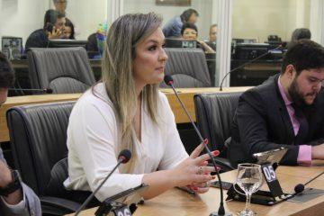 Camila Toscano 1 360x240 - ALPB aprova projeto que garante igualdade de premiação entre atletas e paratletas