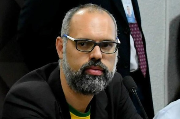 Captura de tela 2021 10 21 152805 - Ministro Alexandre de Moraes determina prisão de blogueiro bolsonarista Allan dos Santos