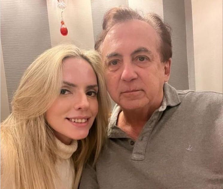 Capturar 18 - Ex-deputado bilionário da Paraíba está namorando jovem socialite e curte férias em clima de romance em Paris