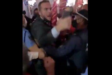 Capturar 33 360x240 - 'VEM ME BATER': Deputado do Novo e manifestantes brigam no aeroporto de Brasília - VEJA VÍDEO