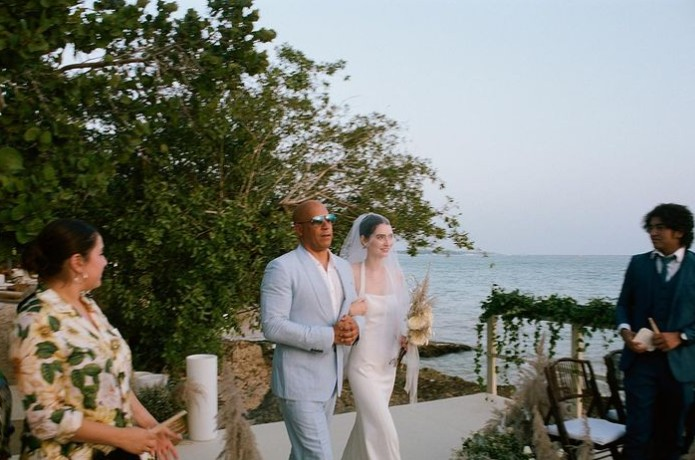 Capturar 39 - Filha de Paul Walker se casa e entra no altar acompanhada de Vin Diesel