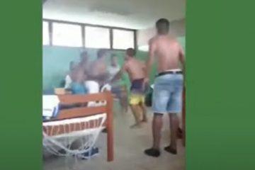 Capturar 47 360x240 - Jogador é esfaqueado após suposta briga por farinha - VEJA VÍDEO
