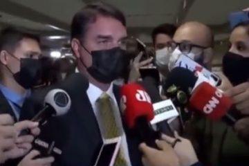 Flávio diz que Bolsonaro vai rir de relatório da CPI da Covid e imita risada do pai – VEJA VÍDEO