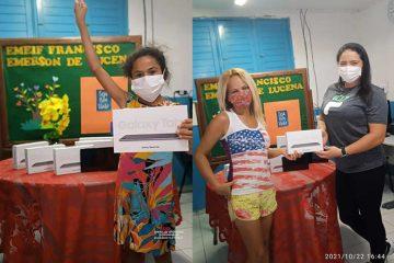 Entrega SJP 360x240 - Prefeitura de São José de Piranhas entrega mais mil tablets para uso de alunos