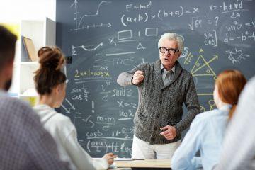 FOTO 3 2 360x240 - Pesquisa aponta profissão de professor como a mais confiável entre a população