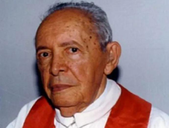 Padre - ALPB realiza homenagem ao centenário do padre Luiz Gualberto