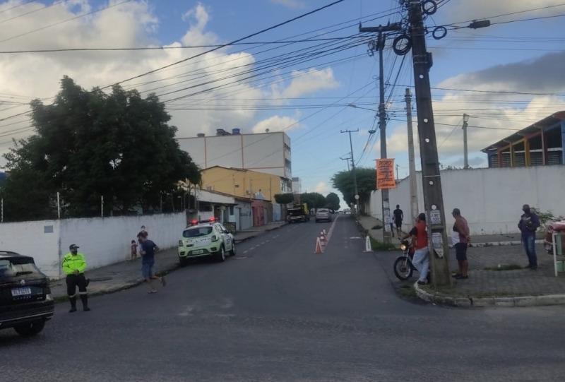 TRANSITO DE CAMPINA - STTP inicia projeto de desvio de trânsito em rua de Campina Grande